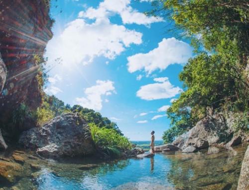 宜蘭5處免費戲水景點!走進山林瀑布玩水避暑 跳進野溪超涼快